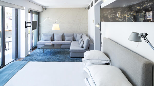 Penthouse Suite (2)